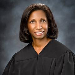Judge-Austin_judicial-portrait-painting